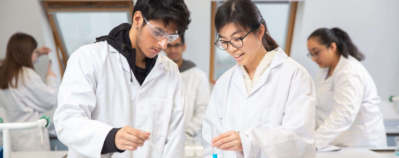 Chemistry at Brampton College